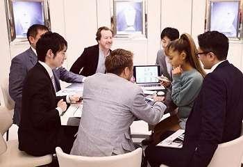 Penyanyi Ternama – Ariana Grande Bergabung di Game Final Fantasy
