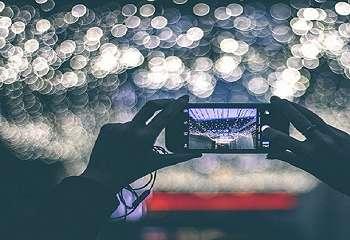 Tips Memotret Objek Diam saat Minim Cahaya