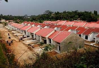 Pengembang Diwajibkan Bangun Rumah Warga Miskin