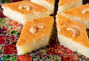 TOP FOOD: Mau Bikin Dessert Khas Timur Tengah? Jajal Basbousa