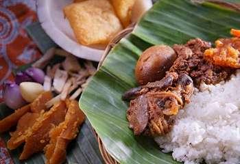 3 Tempat Kuliner Legendaris di Yogyakarta Patut Disambangi