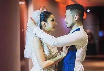 So Sweet, Tyas Mirasih Temani Kekasih Fitting Baju Pengantin